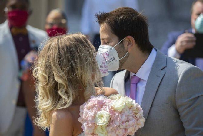 Как се организира сватба по време на пандемия?